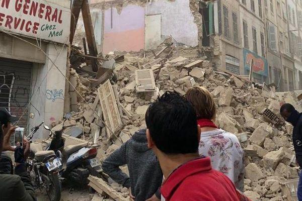 """Le parquet de Marseille ouvre une information judiciaire contre X pour """"homicides involontaires"""" après l'effondrement de deux immeubles rue d'Aubagne"""