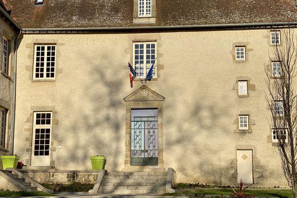 La mairie de Bellac (Haute-Vienne)
