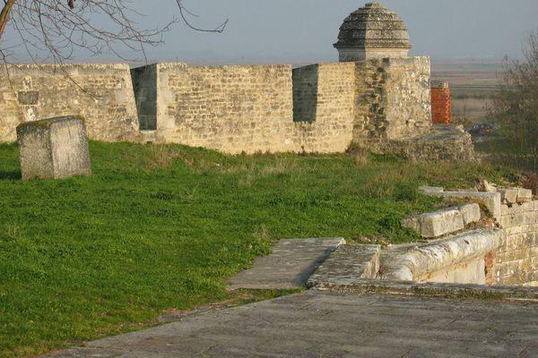 Les fortifications de Brouage face à ce qui s'appelait naguère le golfe de Saintonge.