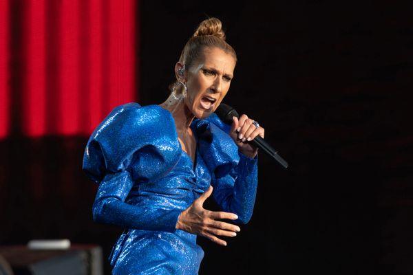 Céline Dion reprogramme sa tournée européenne et assure sa venue dans le Finistère pour les Vieilles Charrues le 13 juillet 2023