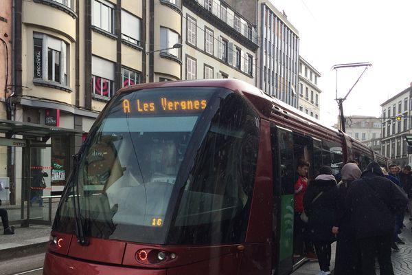 Samedi 11 janvier, le trafic des tramways est perturbé à Clermont-Ferrand.