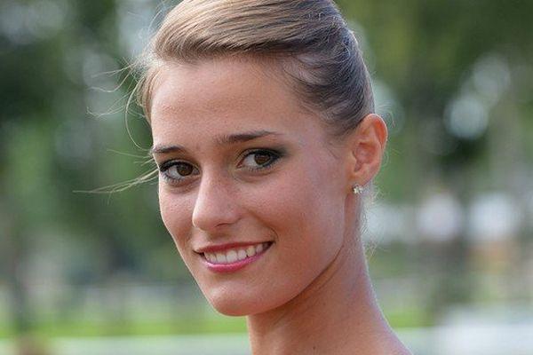 Flavy Facon Miss Pays de la Loire 2014 se rêve en Miss France 2015