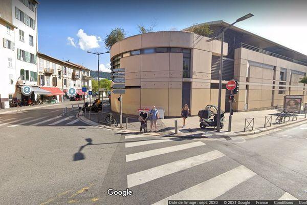 Une explosion a eu lieu boulevard Pierre Sola à Nice ce samedi 15 mai. Image Google Map