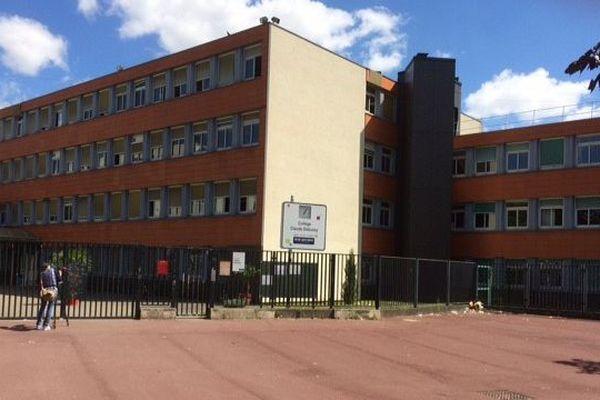 Le collège Claude-Debussy à Aulnay-sous-Bois (Seine-Saint-Denis)