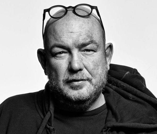 Le photographe Éric Guglielmi, est décédé le 19 juin, originaire des Ardennes, il était âgé de 51 ans.