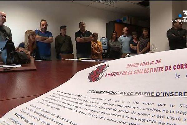 Ce mercredi 2 octobre, les personnels grévistes STC ont fait irruption dans les locaux de l'office public de l'habitat de Haute-Corse