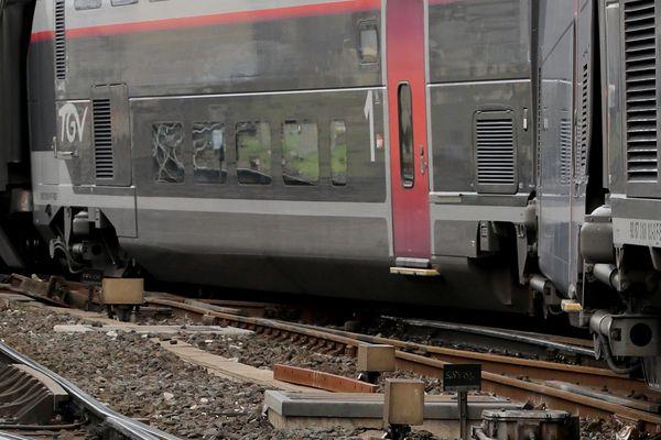 L'enquête continue pour savoir d'où vient le problème qui a fait dérailler un TGV en provenance de Paris Gare de Lyon.
