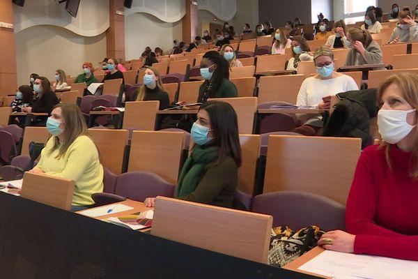 Au Havre, les étudiants infirmiers réunis pour être formés à leur mission pour le dépistage massif
