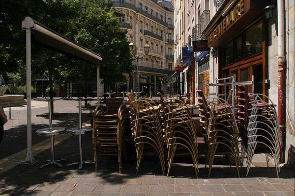 À Grenoble, les cafés sont fermés pour quinze jours à compter du samedi 10 octobre 2020.