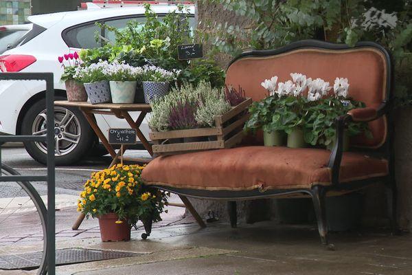 Les fleuristes sont autorisés à rester ouverts jusqu'à dimanche soir.