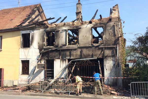 Incendie du pub La chope à Sainte-Suzanne