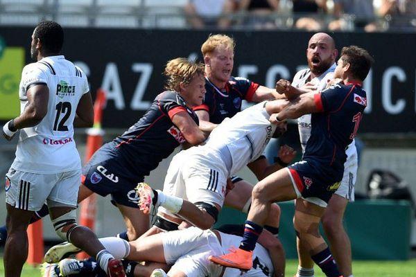 Affrontement entre le FC Grenoble et le CA Brive le 11 septembre au Stade des Alpes.