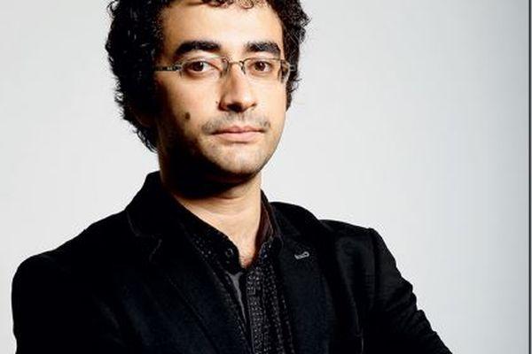 Omar Youssef Souleimane, exilé à Paris, vient de passer deux semaines à la Maison des écritures de La Rochelle.