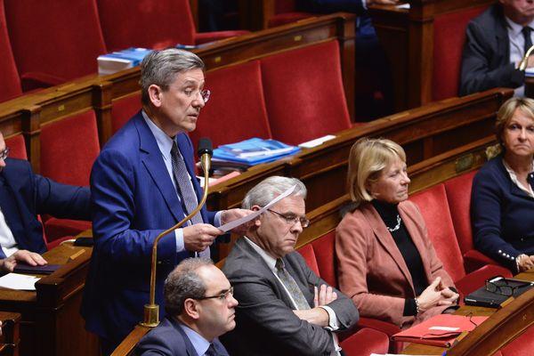 """Charles De Courson,député centriste: """"c'est une violence folle"""""""