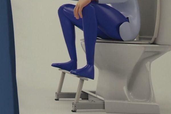 Le repose-pieds pour toilettes, conçu contre les problèmes de transit.