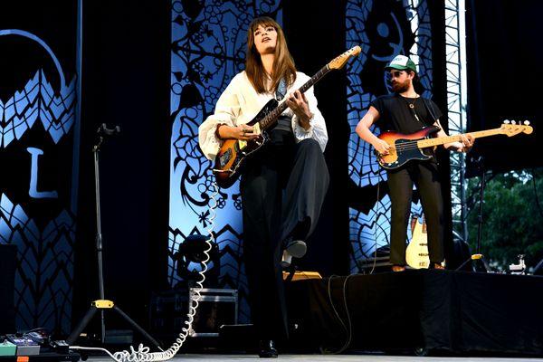 Clara Luciani est l'une des têtes d'affiche de la programmation des Nuits du Peyrou, qui se tiennent du 2 au 9 juillet à Montpellier (Hérault).