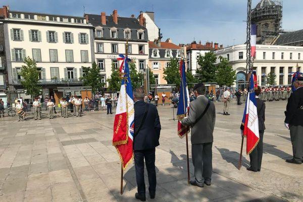 Place de Jaude à Clermont-Ferrand, s'est tenue la traditionnelle prise d'armes du 14 juillet.