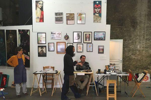 Peinture, linogravure, calligraphie, émaillage et autres arts à découvrir à La Ferronnerie jusqu'au 20 mai.