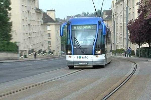 Le tram Twisto de Caen