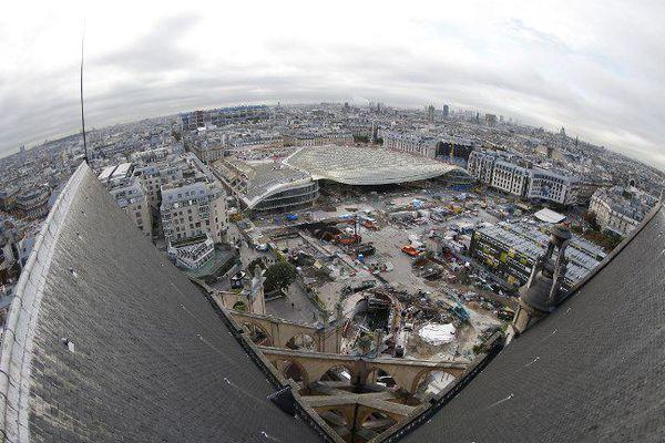 Le chantier de la Canopée, dans le quartier des Halles, à Paris.