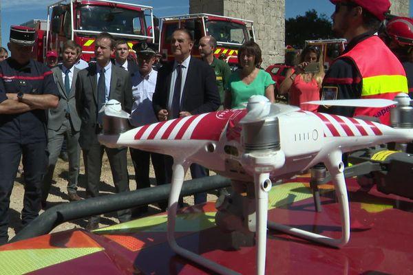 En 2020, le Service Départemental d'Incendie et de Secours de l'Hérault a investi pour passer de 3 à 8 drones de surveillance des massifs et des feux de forêt