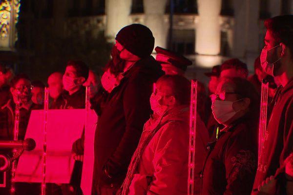 Près de 600 professionnels du monde de l'événementiel réunis hier à Grand Place pour alerter de leur situation face à la crise sanitaire et économique.