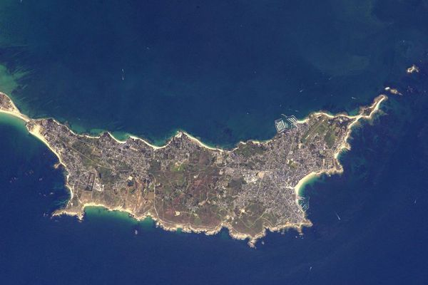 La presqu'île de Quiberon dans le Morbihan prise de l'espace par Thomas Pesquet