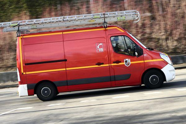 Le jeune est mort en arrivant aux urgences de l'hôpital Nord de Saint-Priest-en-Jarez., dans la Loire.