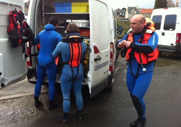 Les plongeurs cherchent une jeune fille disparue depuis vendredi à Guingamp (22)