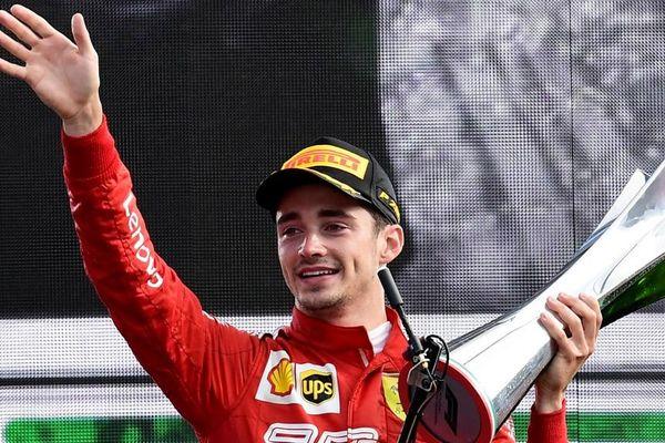 Charles Leclerc sur le podium.