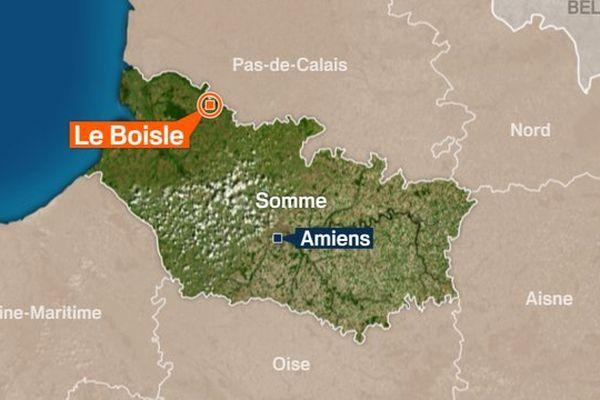 La collision s'est produite sur la D928, sur la commune de Le Boisle, dans la Somme.