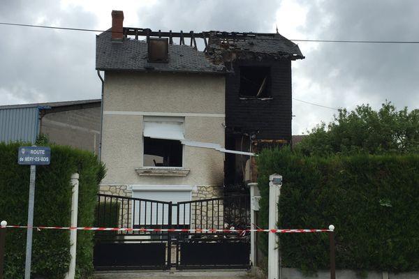La maison brûlée, située à Bourges, le 29 mai 2016.