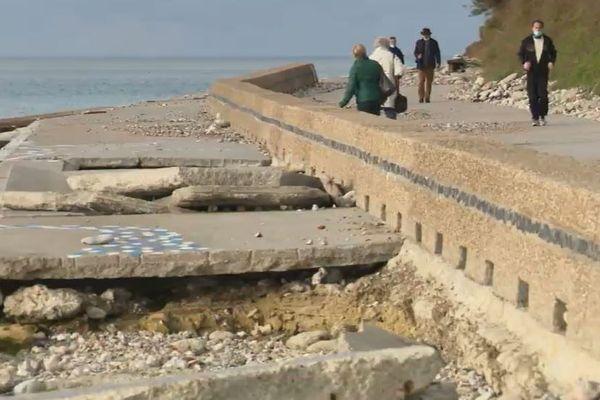 La digue promenade se dégrade de mois en mois au cap de la Hève