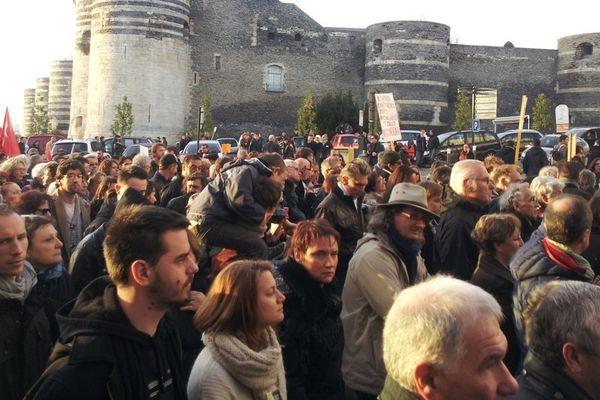 50 000 personnes à Angers ont marché pour la Liberté, en hommage aux victimes de l'attentat contre Charlie Hebdo et les otages de la porte de Vincennes