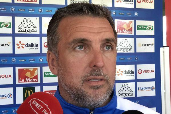 Richard Déziré, l' entraîneur du Le Mans FC espère du jeu et du mouvement pour le match_aller ce mardi 28 mai au MMArena.