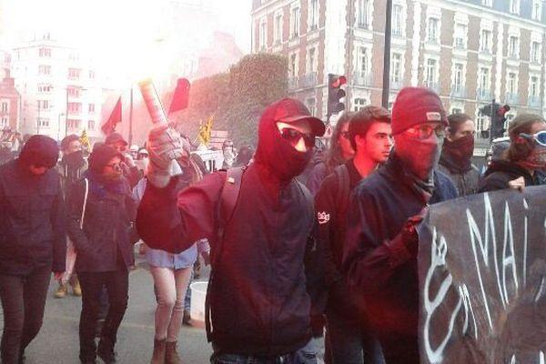 Les manifestants se dirigent vers la gare de Rennes