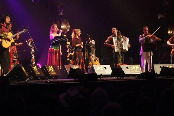 Le groupe Amari Famili était en concert ce jeudi à la salle Marcel Hélie