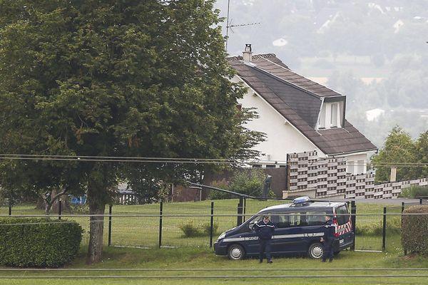 Le 20 juin 2020 des fouilles sont effectuées dans la maison de Ville-sur-Lumes où Michel Fourniret avait vécu.