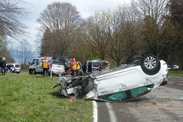 Accident au rond-point de Grossereix le 9 avril 2019