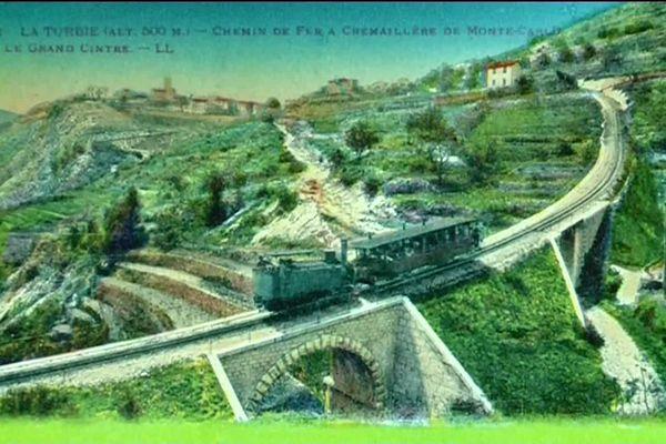 Carte postale du XIXe siècle représentant le chemin de fer à crémaillère entre Monte-Carlo et La Turbie.
