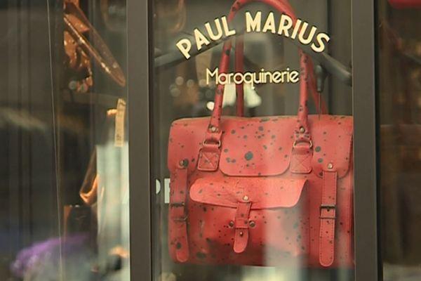 En France, il existe 26 boutiques de la marque Paul Marius, implantées dans les centres-villes.