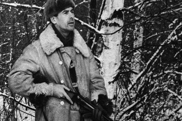Valéry Giscard d'Estaing au cours d'une partie de chasse en URSS en 1964