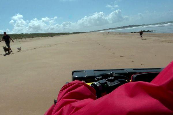 Des médiateurs sillonnent la plage de Saint-Hilaire-de-Riez