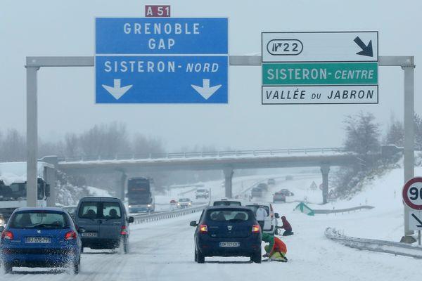 La circulation sera difficile sur la route des stations (illustration).