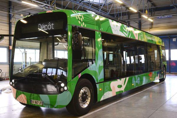 Le tout premier bus Aptis, 100% électrique est arrivé au dépôt de la CTS, la mise en service est prévue dans les jours qui viennent
