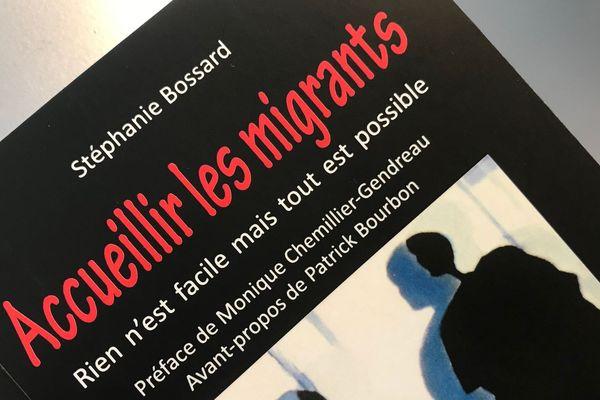 """Le livre de Stéphanie Bossard : """"Accueillir les migrants"""" aux éditions Sylepse"""