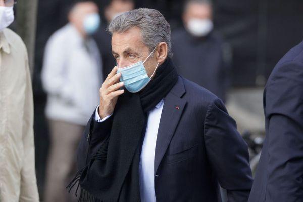 Le square Charles-Pasqua inauguré à Grasse en présence de Nicolas Sarkozy