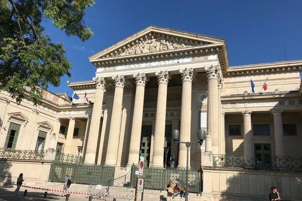 Un jeune doit répondre d'une tentative d'homicide sur un gardien de prison en août 2018 à Nîmes