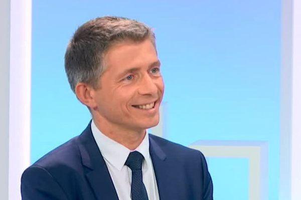Gil Averous (LR) annule son prochain meeting prévu à Châteauroux.