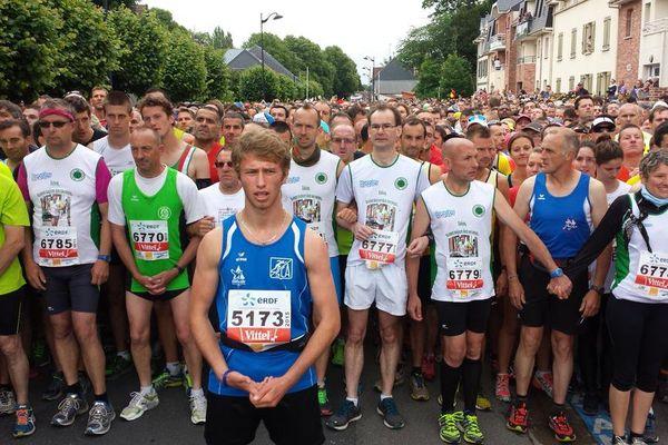 7066 coureurs étaient sur le départ vers 10h, dimanche à Saint-Valery.